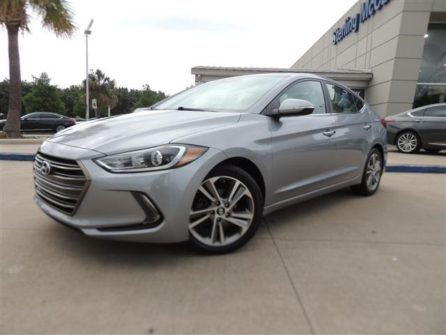 Pre-Owned 2017 Hyundai Elantra Limited w/ Technology