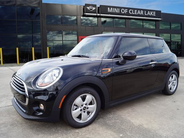 New 2017 MINI Cooper Hardtop 2 Door