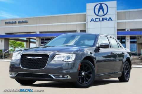 Pre-Owned 2016 Chrysler 300 Anniversary Edition * Loaded with PANO Roof, NAV, Heated Leather *