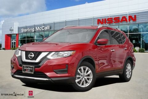 Pre-Owned 2017 Nissan Rogue SV w/ Premium & Family Packages *** Third Row ***